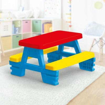 Vaikiškas lauko staliukas su suoliukais